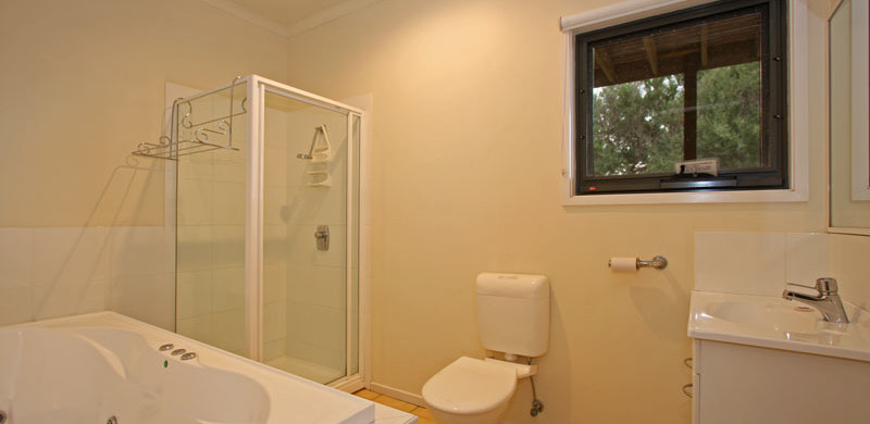 holiday home bathroomwith spa bath